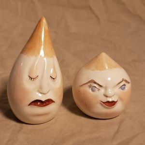 Vintage Snooty Garlic/Onion Salt & Pepper Shakers